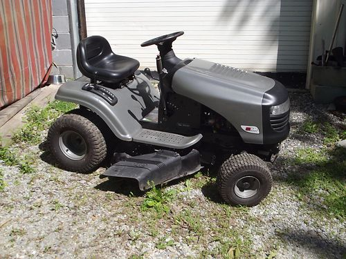 RIDING MOWER Craftsman LTS1500 175hp BS 42 cut used only 1 season 700 865-494-8012 see ph