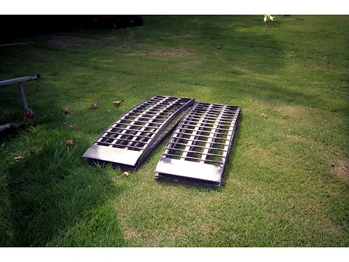 RAMPS HD Arched ramps 17w x 9L for mowers Cycles ATVs or small vehicles 3k capacity 275