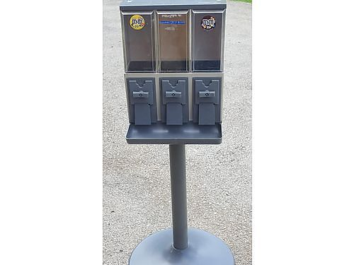 CANDY MACHINES 5 Stand alone Candy 3 selection good money making opportunity Paid over 2000