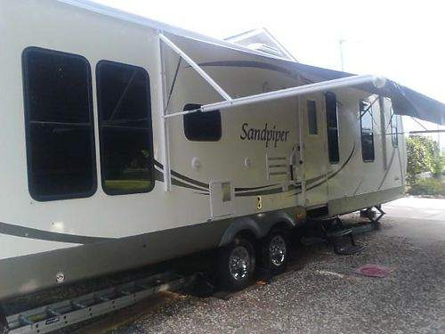 2010 FOREST RIVER SANDPIPER 33 Travel Trailer w2 slides Rear LR King Bedroom full kitchen bat