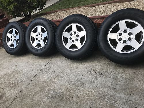 WHEELS set of 4 Chevy 17 aluminum rims 6 lug good cond 325 for the set 423-333-5796 see pho