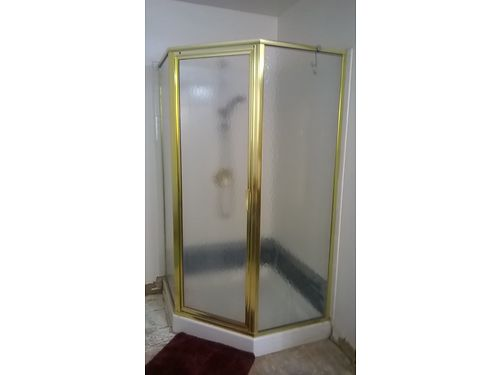 CORNER SHOWER Kohler 42 base frosted glass 150 865-494-8012 see photo at wwwrecyclercom