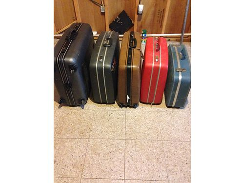 SUITCASES 5 total hardly used 150 for all or will sell separately Tazewell 423-526-3899 see pho