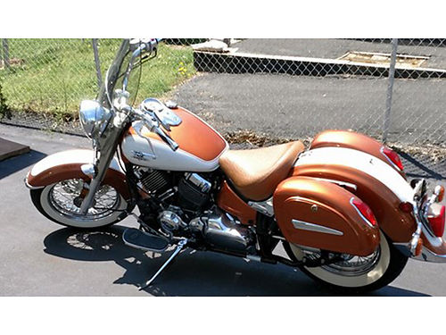 2004 YAMAHA VSTAR CLASSIC 650 low miles Vance  Hines pipes driver backrest engine guards custom