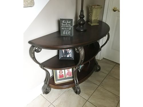 FOYER TABLE dark finish wcurved front 3 shelves excellent condition same as new 400 865-441-