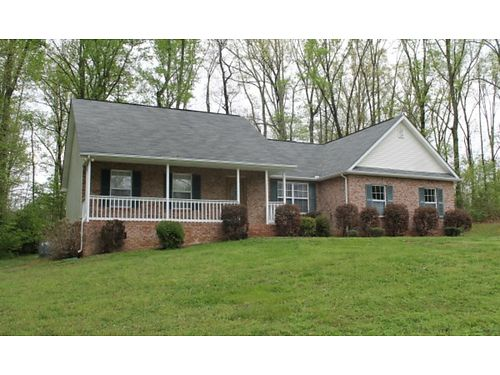 REAL ESTATE AUCTION Gorgeous Ranch Home Located in Clinton 1209 Hidden Hills Dr Clinton TN 37716 Sa