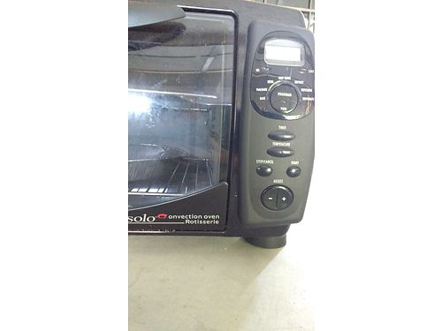 ROTISSERIE CONVECTION OVEN by DeLonghi Solo Mint Condition 75 865-242-1512 See photo at wwwrec