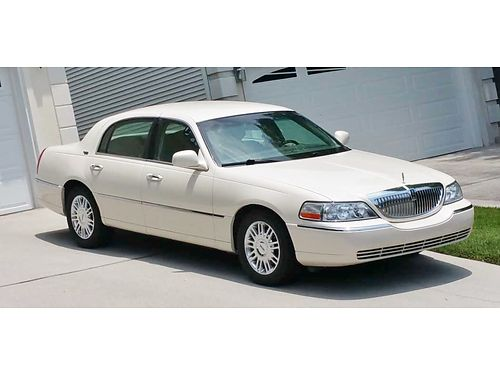 2007 LINCOLN TOWN CAR Champagne wGray Leather interior Luxury Ride System fu