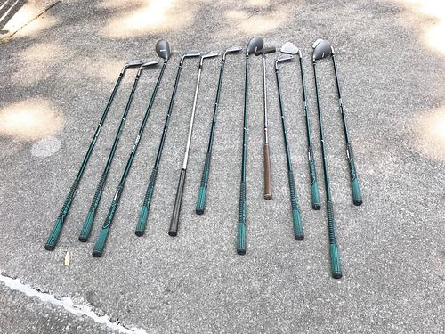 GOLF CLUBS LEFT-HANDED Full set wbag Pro-Gear woods  Irons exc cond 125 865-679-2035 see p