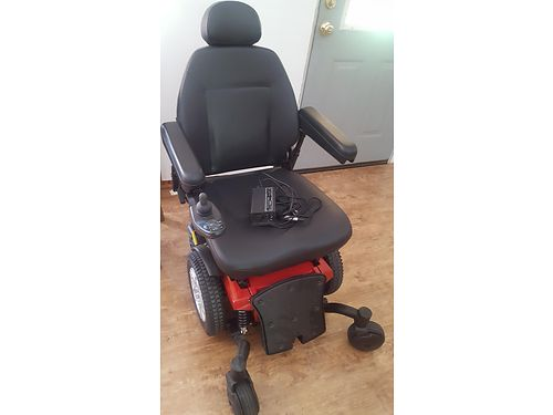 JAZZY 600 ES WHEELCHAIR IndoorOutdoor use wlarger rear wheels Same as New ONLY 1hr USE Red  B