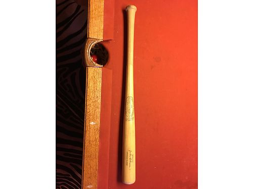 BASEBALL BAT Louisville Slugger Collectible Jackie Robinson 33 pro model bat made in the 1950s H