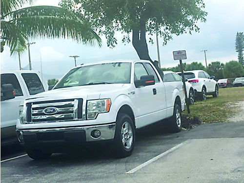 2010 FORD F150 XLT Super Cab White WBeige Cloth Interior 100 Hwy Miles Runs Out 100 9450 Ca