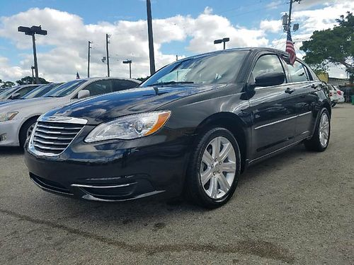 2013 CHRYSLER 200 All Power Alloys Automatic Fully Loaded 888 618-7602  7395