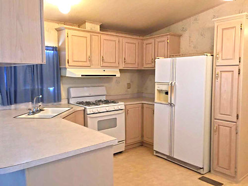 2BR1BA Mobile Home For Rent 575mo Util Large BR New  Bath Spacious Kitchen  Family Room