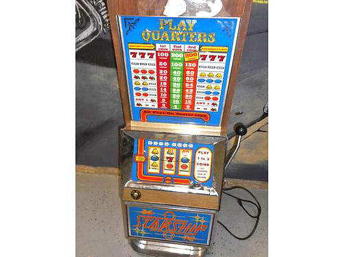 1970S BALLY Slot Quarter machine in good working condition Call or email for more information no t