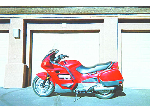 1996 HONDA ST-1100 Sport Tourer V4 hard bags red dealer maintained 54Kmi needs nothing ready