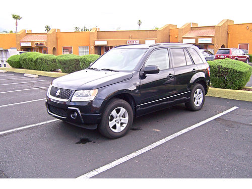 2006 SUZUKI Grand Vitara SUV V6 fully loaded original owner well maintained garage kept very g
