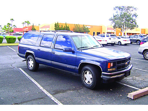 1994 CHEVY SUBURBAN Dark Blue Warrantee Like New Condition 700 Down 4950 Call Tom 520 312