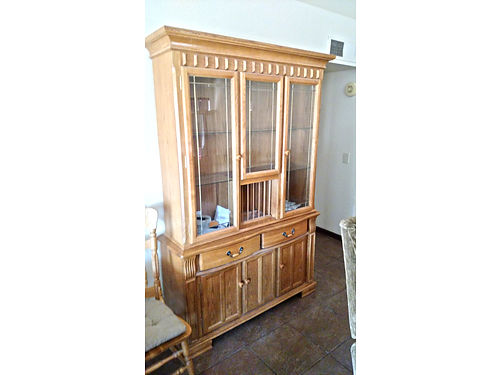 SOLID OAK hutch with lots of storage space beautiful condition 350