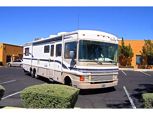 1999 FLEETWOOD Bounder gas 454 Chevy Only 57Kmi Slideout tubshower dual AC awning New tire