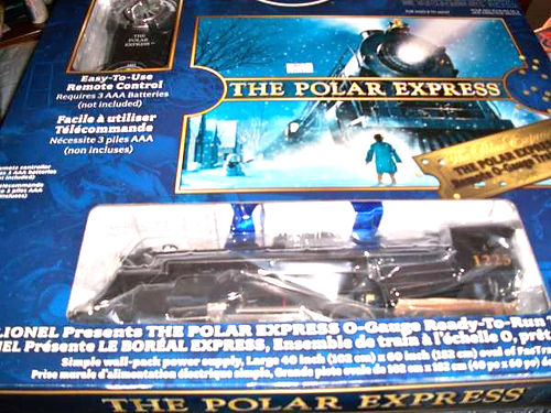 POLAR EXPRESS LIONEL TRAIN SET COMPLETELY READY TO RUN HAS ALL THE TRANSFORMER AND ALL THE TRACK