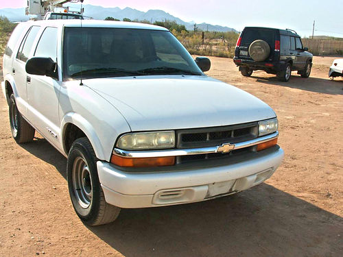2005 CHEVROLET Blazer Very Nice only 65700 miles 2wd just passed emissions very good tires Go