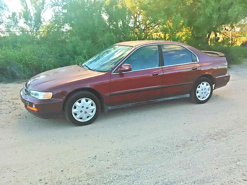 1996 HONDA ACCORD 4-door AT AC stereo just passed emissions low miles runs great 1850 520