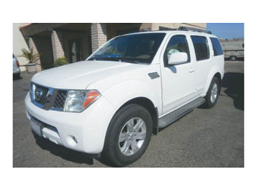 2005 NISSAN PATHFINDER LE 40L AT fully loaded power moon roof 94k mi tow package 3rd row seat