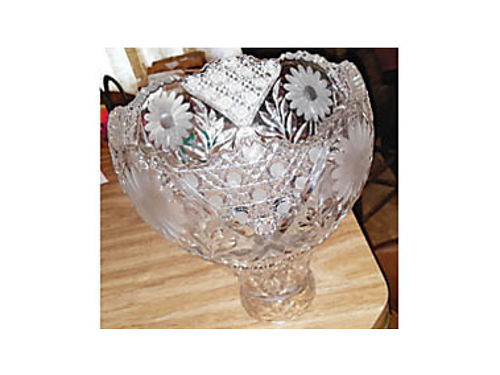 ANTIQUE LEADED CRYSTAL BOWL and matching bowl-like pedastal Very unique raised flower design 10