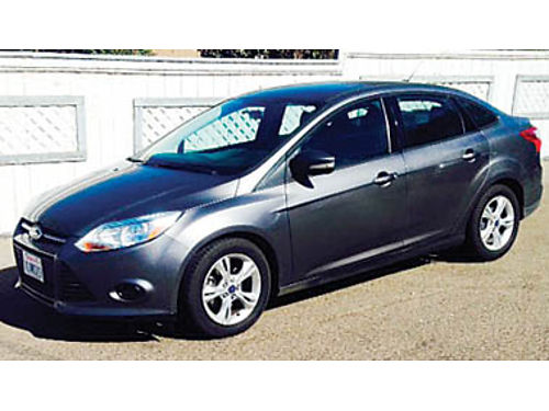 2013 FORD FOCUS SE 4 door sedan xlnt condion fully loaded AT cold AC very clean new tires 9
