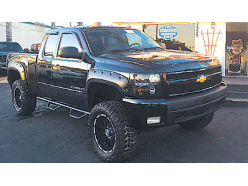 2007 CHEVY SILVERADO LTZ 4x4 mnrf nav custom system 1000s invested lifted 18995 877998