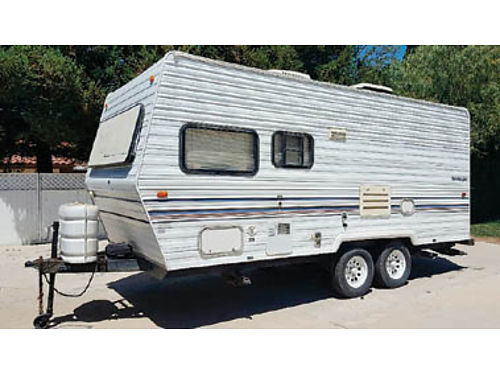 1997 SANDPIPER TRAILER really gold condition w full size bed use only once a year 1 owner 6500