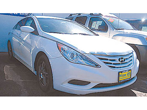 2012 HYUNDAI SONATA GLS Wow 8995 P2000394924 Only at WINN HYUNDAI of Santa Maria 805-349-850
