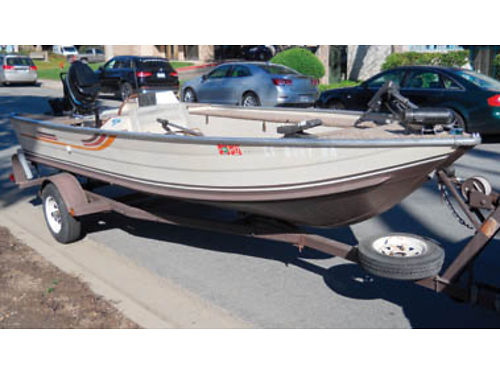 1982 SEA NYMPH 165 ft 50HP Merc motorguide trolling motor live well dual betteries etc etc