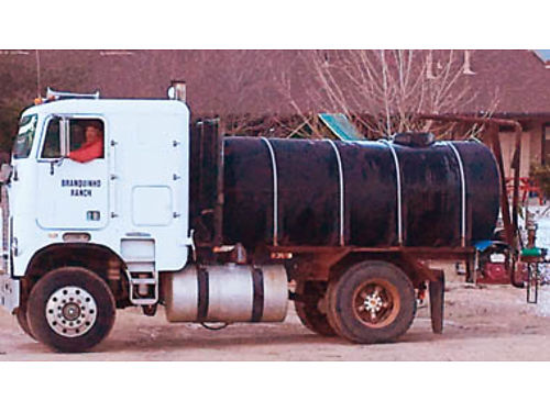 1981 FREIGHTLINER Water truck 1600 gallon Poly Tank Air valve controls great shape Call for price