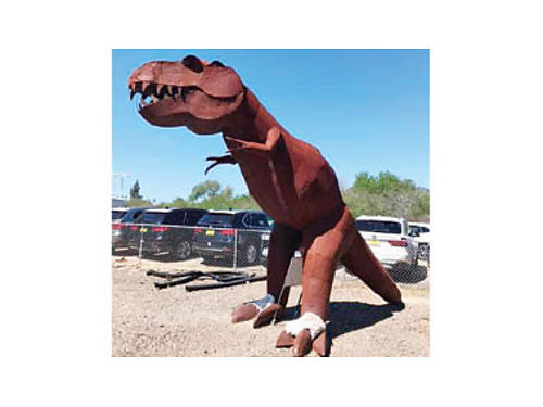 12FT DINOSAUR STEEL SCULPTURE Amazing condition one of a kind 1800 Call 805-781-6381