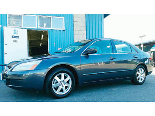 2005 HONDA ACCORD EX-L V6 auto trans leather heated seats moonroof one owner Call or text for