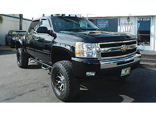 2011 CHEVY SILVERADO CREW CAB 4x4 Z71 pkg lifted leather  more 24995 8836375876 CENTRAL