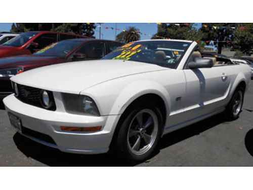 2005 FORD MUSTANG GT Premium convertible V8 46L AT prem sound leather rear spoiler alloys