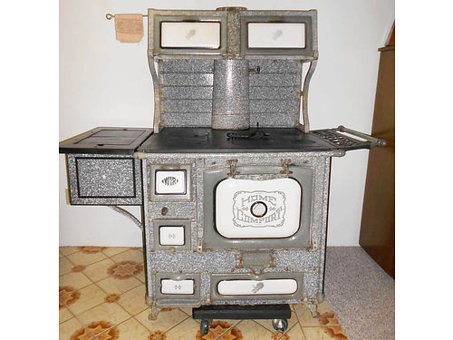 BEAUTIFUL VINTAGE COOKSTOVES AND PARLOR STOVES available for sale Hobbyist has restored many stoves