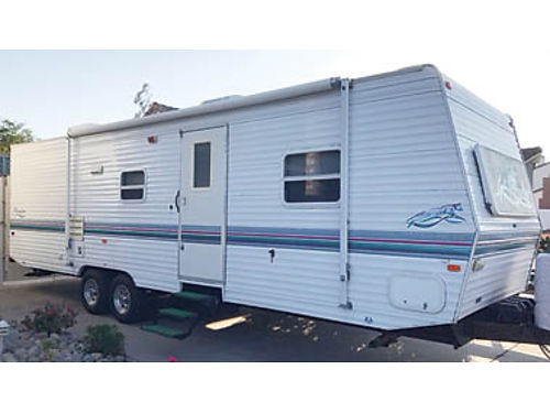 1999 PROWLER 31 FT Pull trailer bunkhouse sleeps 8 slide out AC awning fully self contained