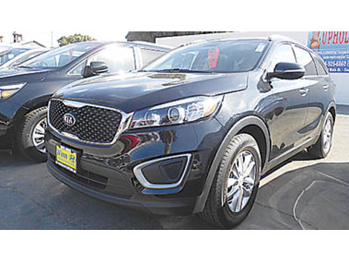 2017 KIA SORENTO almost new Remainder of factory warranty 22995 P2250196382 Only at WINN HY