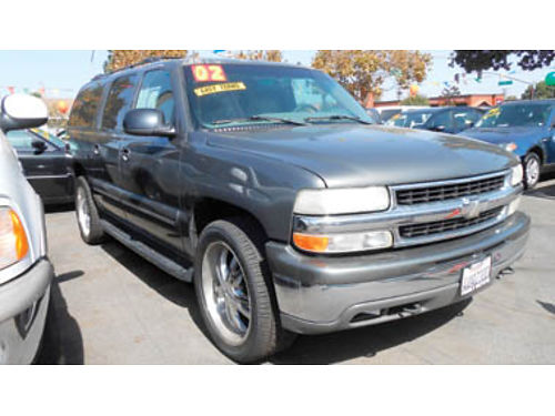 2002 CHEVY SUBURBAN DVD 3rd row seat low miles great buy 6950 U2735119664 Only at FAMILY M