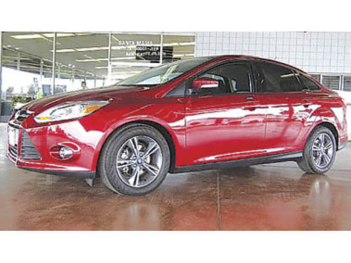 2014 FORD FOCUS SE low miles 11994 83344P321484 Pre-owned SANTA MARIA CHRYSLER DODGE JEEP R