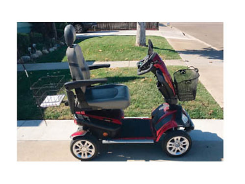 MOBILITY SCOOTER - Golden Scooter fullsize Rugged Luxury 4 wheel Rarely used new condition Pd