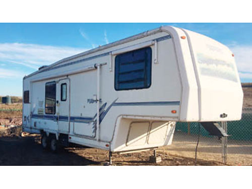 1999 MONACO MCKENZIE 30ft 5th Wheel Camper excellent condition many upgrades  extras 9000 Pur