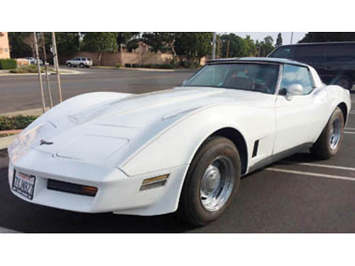 1981 CHEVY CORVETTE 4 speed new paint new interior new brakes new tires  wheels extra set of w