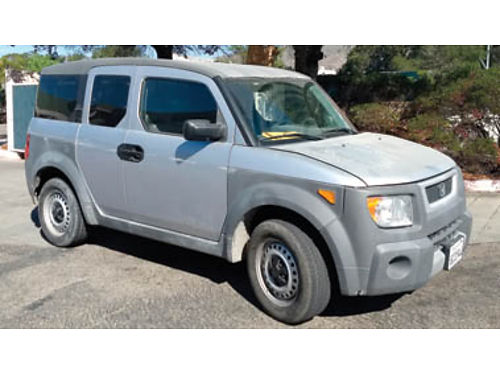 2004 HONDA ELEMENT AC radio 4cyl 5spd very dependable gas saver 3500 Call 805-748-5136