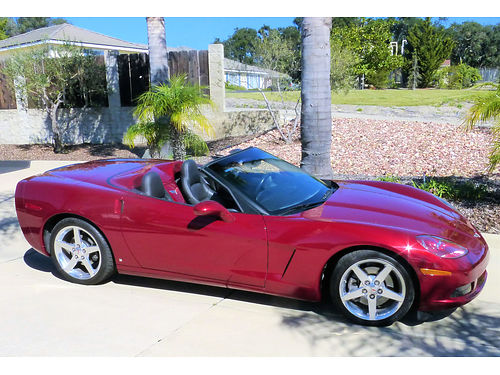 2006 CORVETTE CONVERTIBLE 9200 mi 6-speed manual flawless 80V GM color clean black exterior  to
