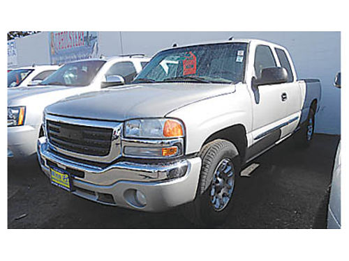 2005 GMC SIERRA 1500 EXT CAB Low miles 4WD leather 16995 P2347292538 Only at WINN HYUNDAI